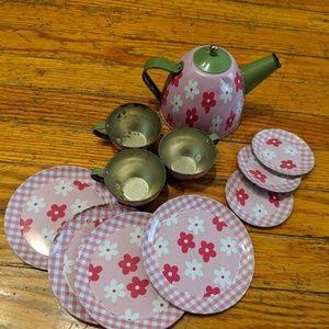 Other - Little Girls Tea Set